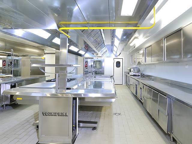 Hotel gran bilbao crea la cucina marcata angelo po for Cucine gran casa