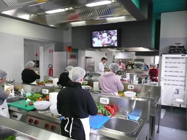Scuola di cucina artusi e angelo po - Scuola di cucina italiana ...